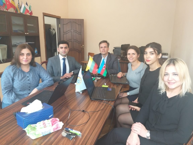 ACU representatives participated in a one - day QPR GRAPHIC AND QPR METRICS training held at Baku Biznes University